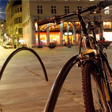 Bøy cykelställ