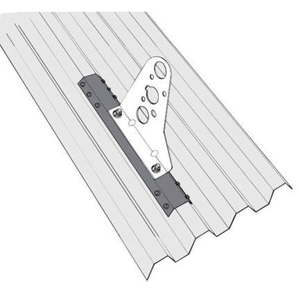 Infästningsprofil för trapetsprofilerade plåttak