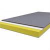 PIR-isolerat, plåtbeklätt golv med slityta av halkskyddad ply