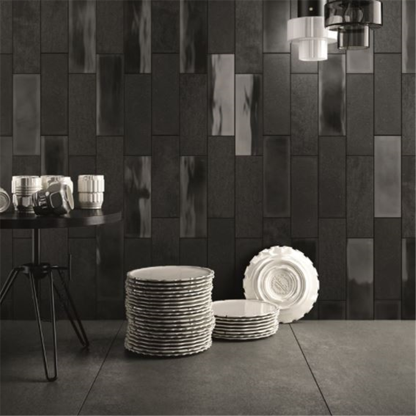 Svarta kakelplattor för väggbeklädanad