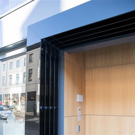STENI Vision fasadskiva, Centrumgården