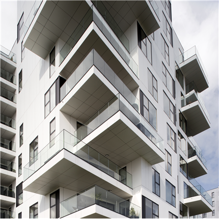 STENI Colour fasadskiva, moderna lägenheter i Temse