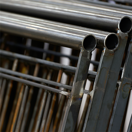 Specialanpassade stålräcken