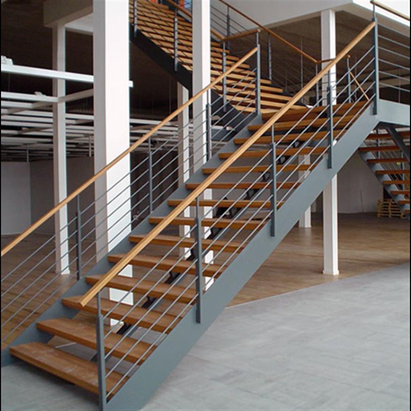 AJAB Smide trappa och räcken i möbelvaruhus