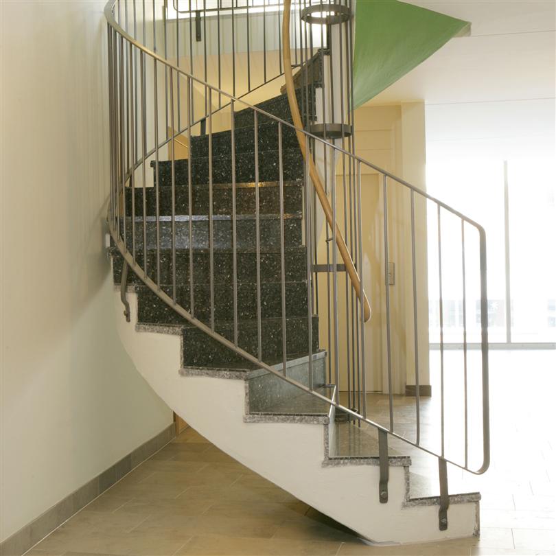 Rund betong trappa