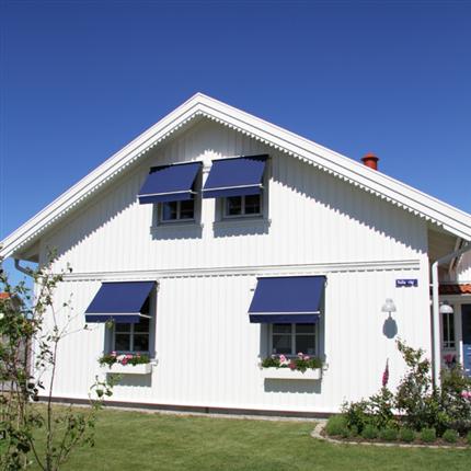 StyRa fönstermarkiser, motordrift eller manuell styrning, gasdämpare