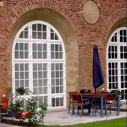 Fönsterspecialisten runda och halvrunda fönster