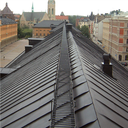 Kvarteret krubban, Västra stallet, Stockholm, Isotrol Taktäck