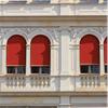 Warema Markis Röd hotellmiljö