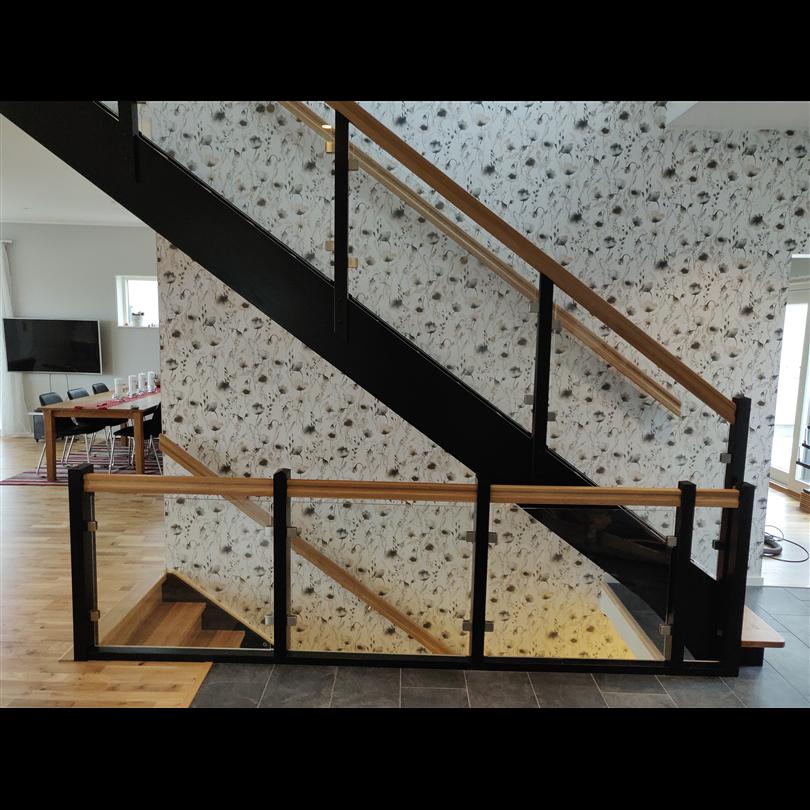 Trapparvid trätrappor
