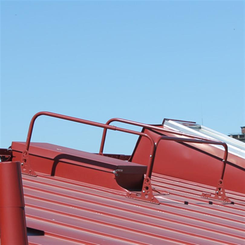PW skyddsräcken kring uppstigningslucka på tak