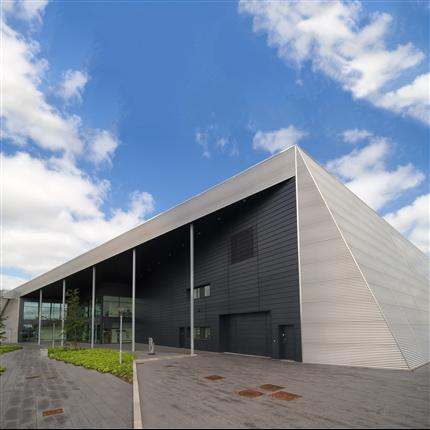 Sinusprofilerad fasad- och takprofil
