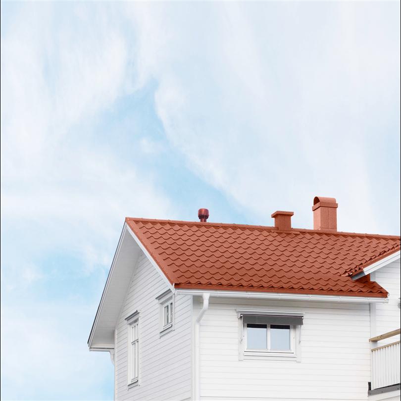 Takpannor lämpande för kustnära hus