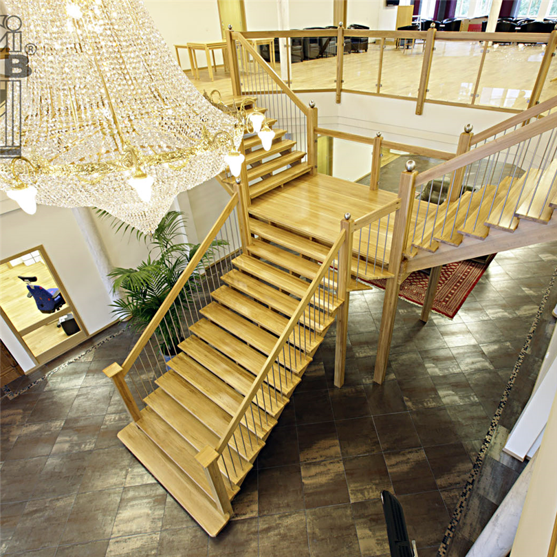 ATAB design Grand Entrance trätrappor