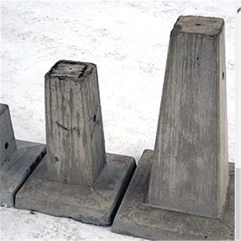 Grönvallens carport-plint
