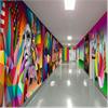 Formica Group Younique® med motiv av Okuda San Miguel på ungdomskliniken på San Carlos-sjukhuset, Madrid