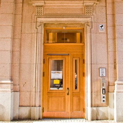 SSC ytterdörrar och entrépartier, Riksdagshuset, Stockholm