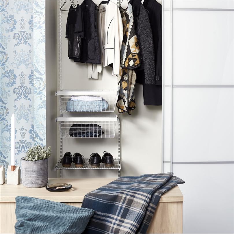 Klädkammarinredning, garderobskåp