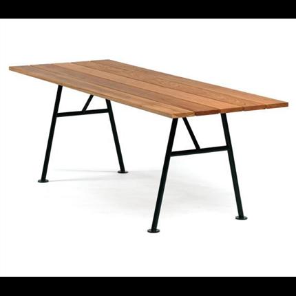 Alnön bord, FSC-märkt Sipomahogny eller teak. Produktdesign Thomas Eriksson