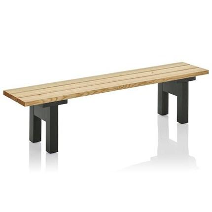 Bakgård bänk längd 175 cm. Staiv i svart. Produktdesign Jonas Bohlin