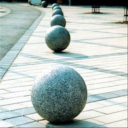 Boule betongpollare