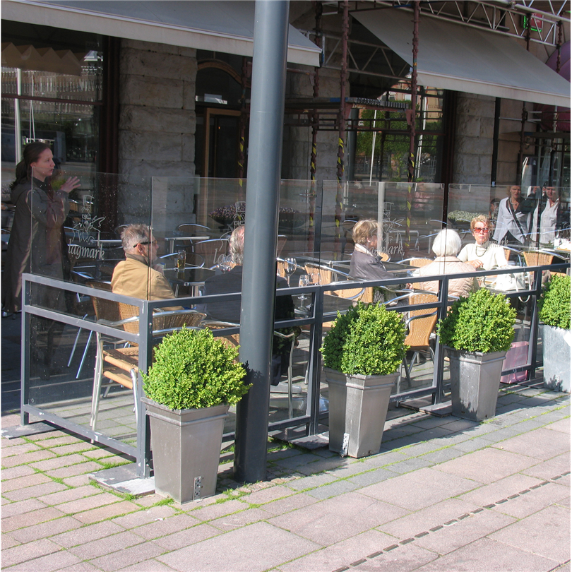 Nola staket Café med vindskydd av glas