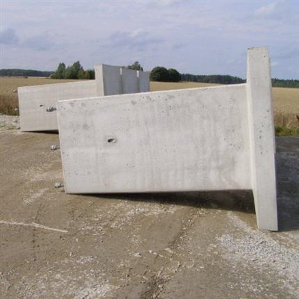 Fundament för sugfotstransformator