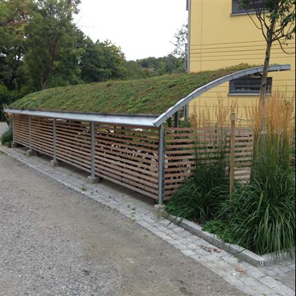 Blidsbergs Boge cykelgarage med sedumtak
