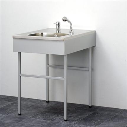 Tvättbänk i rostfrittstål, med engreppsblandare och utdragbar handdusch