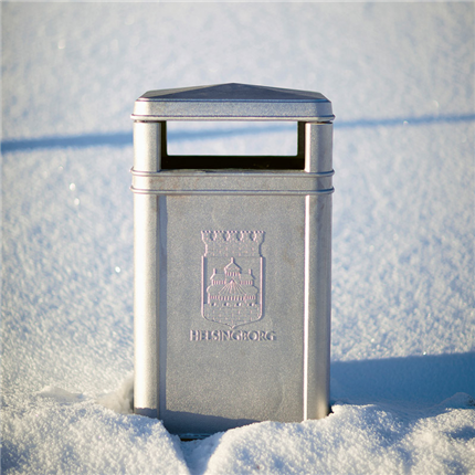 Byarum Papperskorg i snö