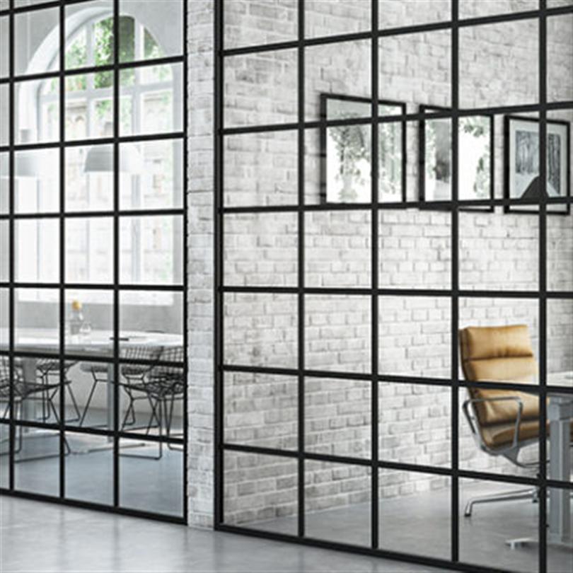GSAB Alu-Room² väggsystem med mattsvarta spröjslister