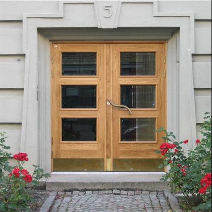 Dörr & Portbolaget entrédörrar