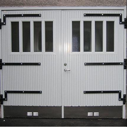 Dörr & Portbolaget Garageport vit
