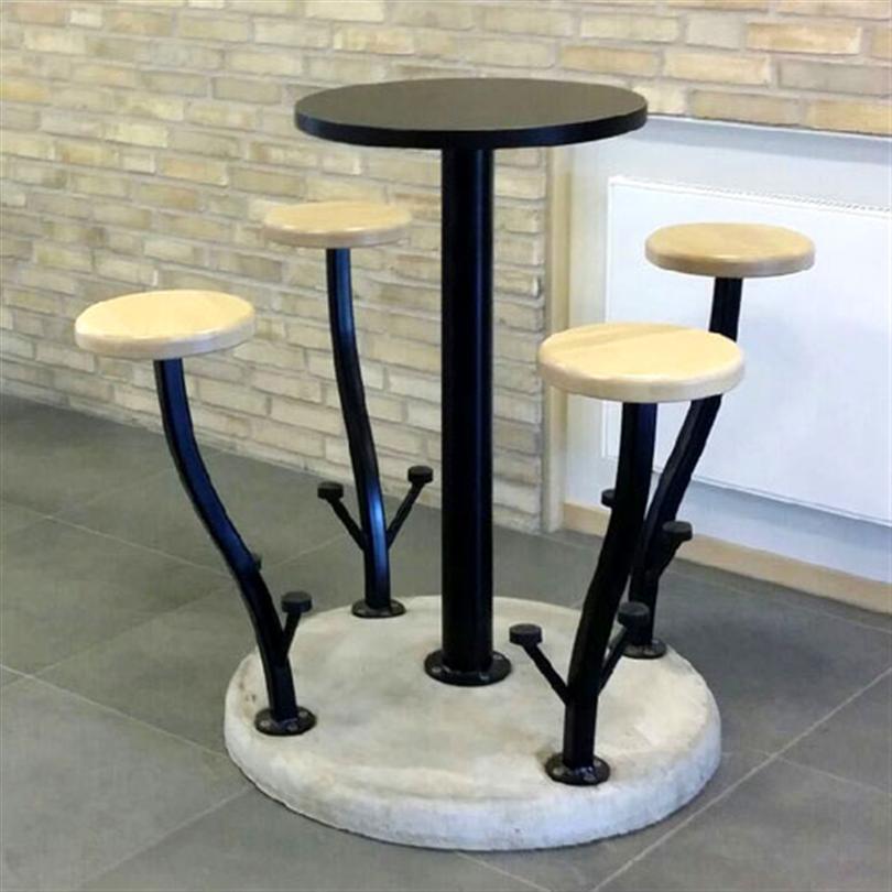 KNM Stadsblomma sittmöbel med bordsskiva av kompaktlaminat