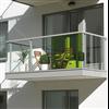 Weland balkongräcke, med frontbeklädnad av säkerhetsglas