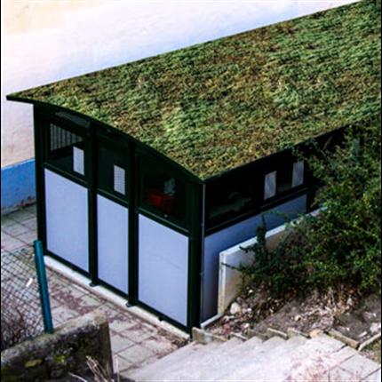 Weland miljöstationer, miljöhus med sedumtak