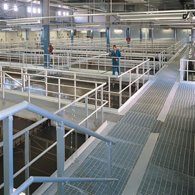 Aluminiumräcke med lagerhållna standarddetaljer