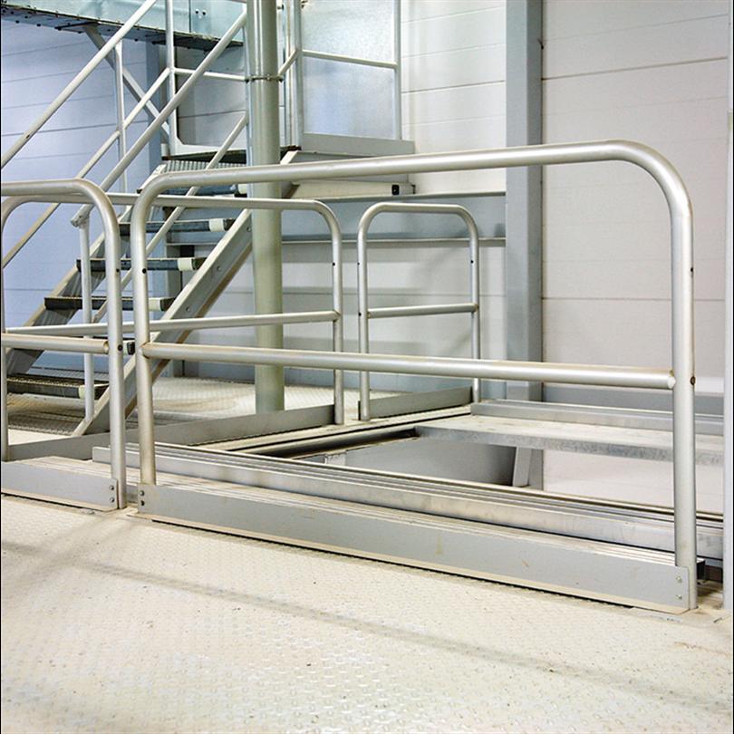 Moduluppbyggda räcken av aluminiumrör