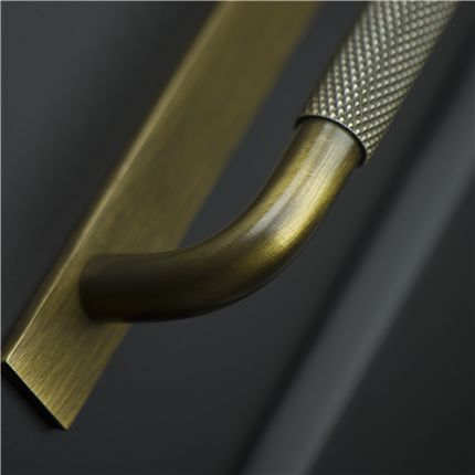 Beslag Design Helix & Pitch handtag och knoppar