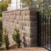 Fristående murar med Keystone Country Manor mursten i naturmix