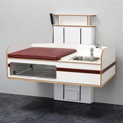 Flex 2000 väggmonterat skötbord med tvättho