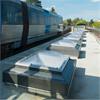 Talkljuskupoler vid tunnelbanestation, dagsljusinsläpp, isolerad med sarg