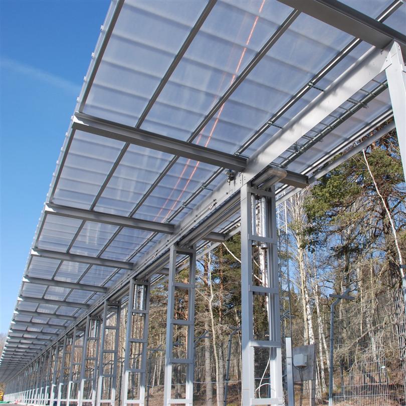 polykarbonatsystem som skärmtak, självbärande tak med dagsljusinsläpp, fasadbeklädnad, ljustransmissioner