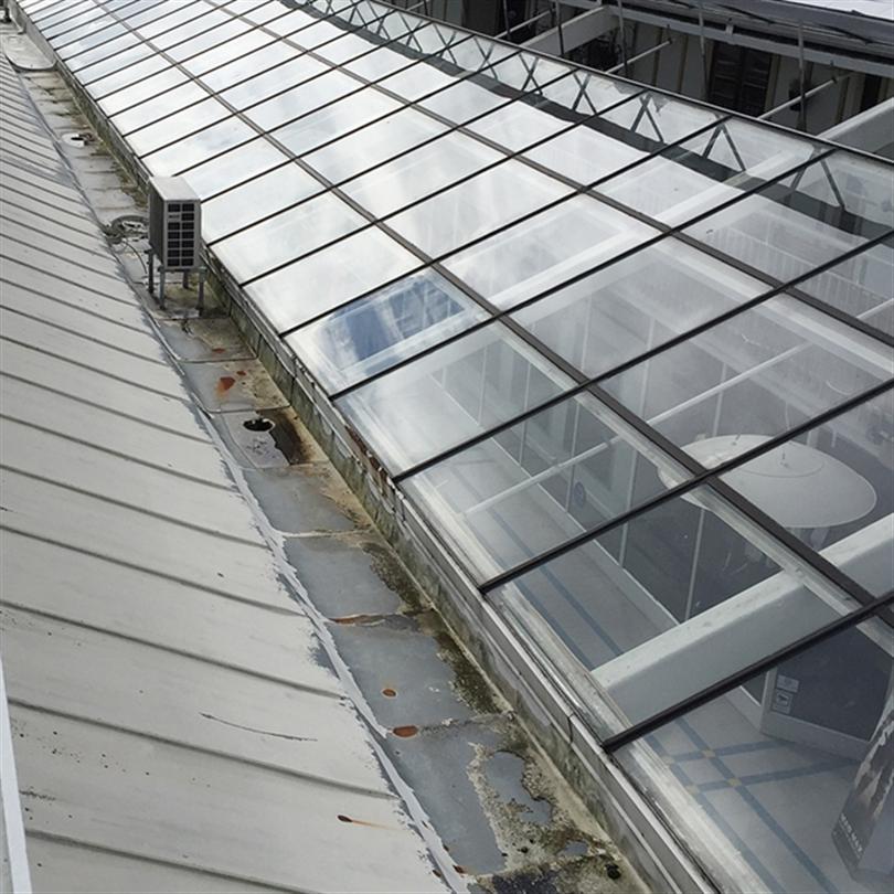 Renovering av takfönster, utbyte av dagsljusinsläpp