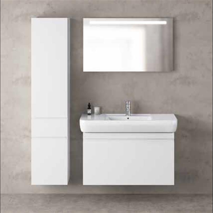 Ifö Option spegel OSB 100 och Renova Nr. 1 Plan badrumsmöbler