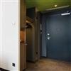 Geze TS4000 dörrstängare i hotellrum