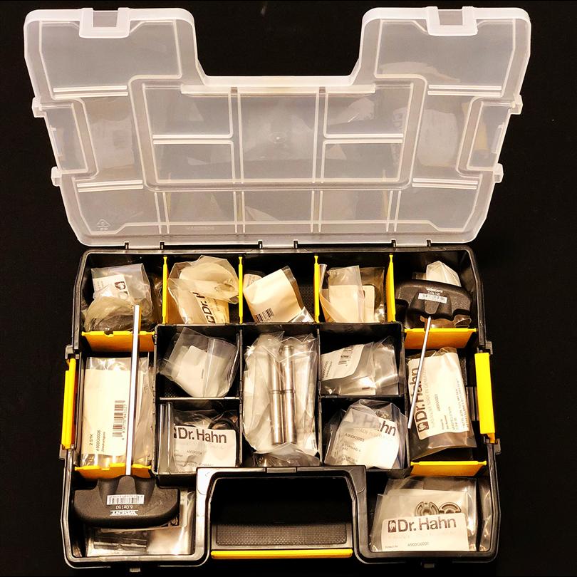 Servicelåda, service-kit, verktyg för service, sortimentslåda, dörrbeslag, fönsterbeslag