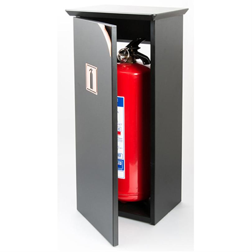 Göthes Brinte 6 skåp för brandsläckare, skylt och handtag av krom