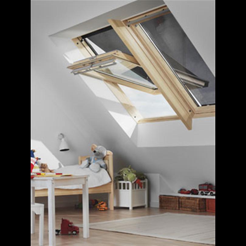 velux markiser manuell betj ning velux svenska ab. Black Bedroom Furniture Sets. Home Design Ideas