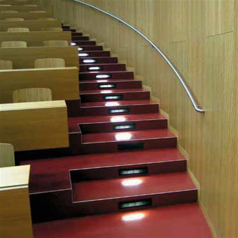 Elavo Gradängsystem gradängsystem för biografer, föreläsningssalar